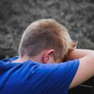 ¿CÓMO AYUDAR A UN NIÑO QUE ESTÁ SIEMPRE ENFADADO?